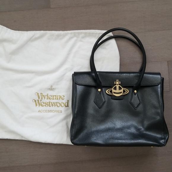 a68434c9f1 Vivienne westwood tote bag. M_5b786817194dad374d5d694b